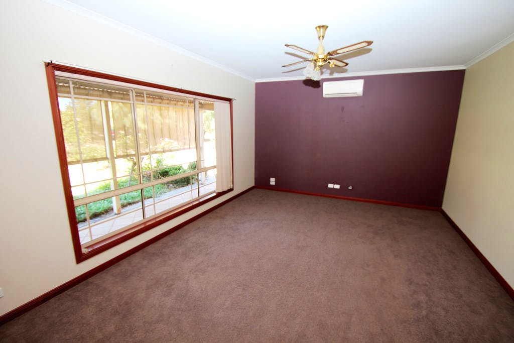 10×10′ Bedroom – Available Now
