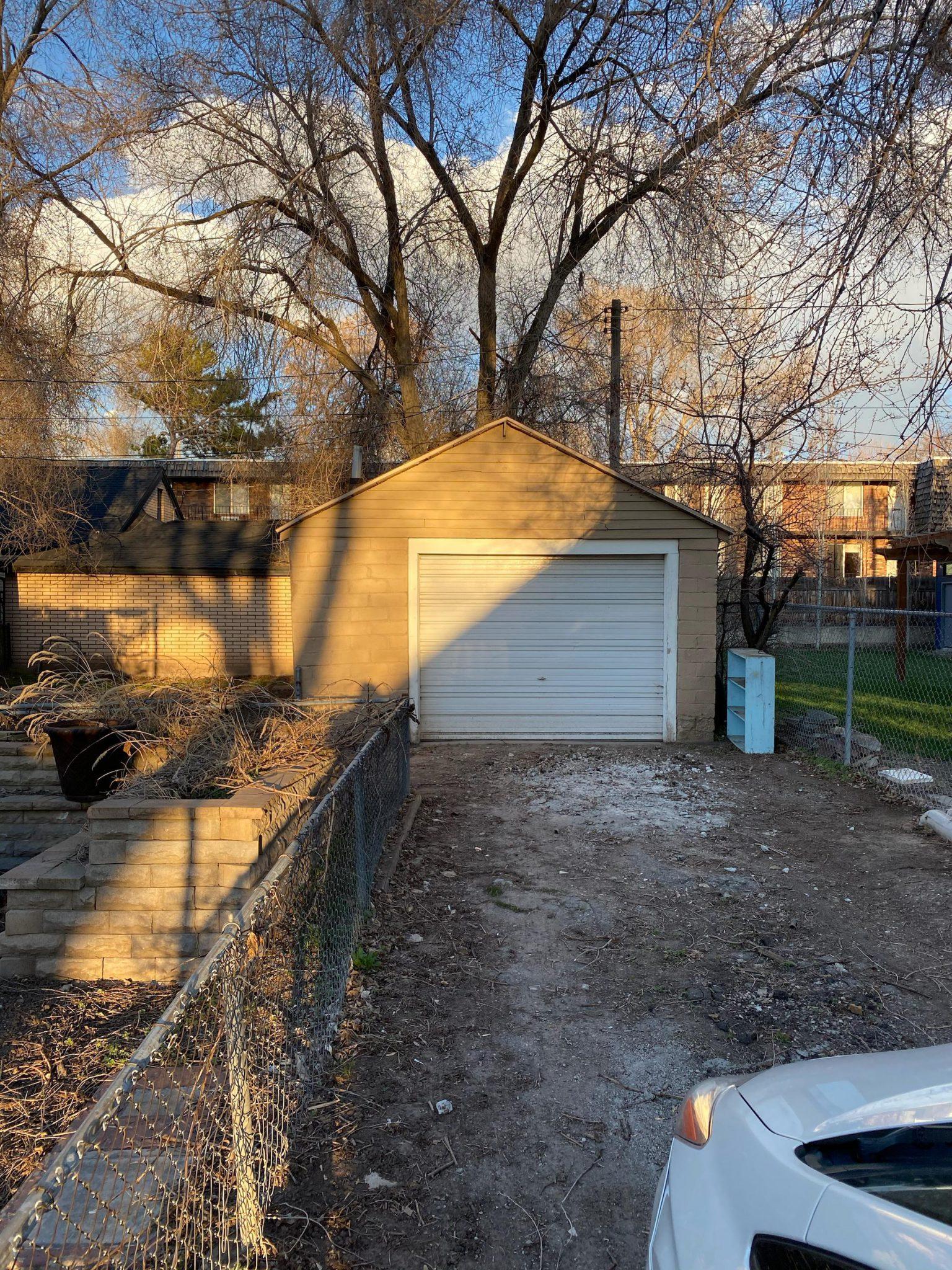 Private 24/7 Access Garage in SLC